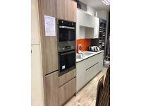WINTER SALE!! EX-DISPLAY DESIGNER HANDLE-LESS KELLER KITCHEN (Inc Stone Quartz Worktop & Appliances)