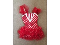 Girls dance outfit suitable for a 4yr old