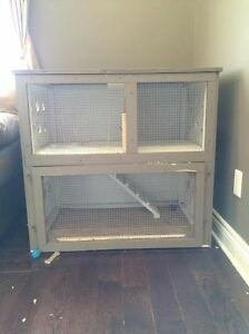 Good condition, medium-large sized rabbit or bunny house