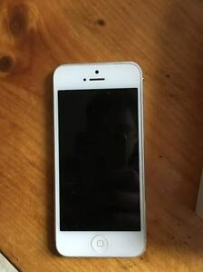 Iphone 5 (white) *64GIG*