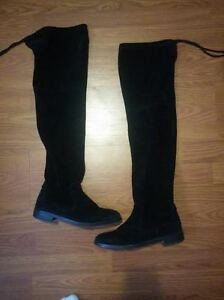 Real Suede Over-the-knee Black Boots - Excellent Condition Kitchener / Waterloo Kitchener Area image 1