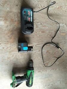 Hitachi 18V Drill with 24H battery & a Hitachi Charger!