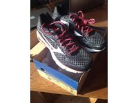 NEW UNUSED Mizuno Wave Ultima 7 Womens Running Shoes UK Size 6 Black | Silver | Pink