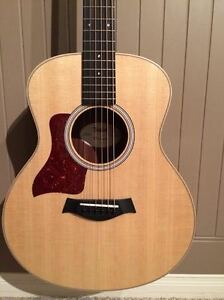 Brand New Condition 3 month old left handed taylor GS Mini