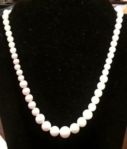 Emmons Graduated White Bead Necklace, Vintage Jewelry