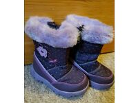 Snow boots toddler size 6