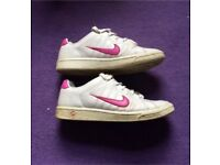 Ladies Nike trainers - size 5.5