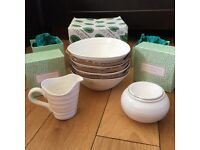 Portmeirion Ceramic Set (In White) by Sophie Conran - 4 x Bowls 1 x Mini Jug & 1 x Covered Sugar Pot