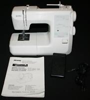 Kenmore 20 Stitch Sewing Machine & Foot Pedal