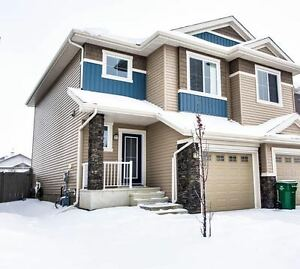 Spectacular and Spacious in Leduc!