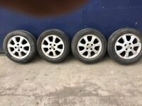 Set Vauxhall of alloy wheels