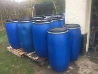 barrels / drums