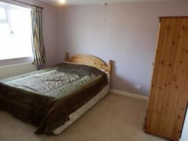 Ensuite, Double room, in shared house, Modern warm Spacious, Cheltenham