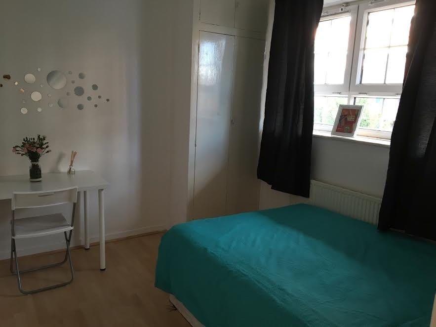 BEAUTIFUL BEDROOM IN HACKNEY