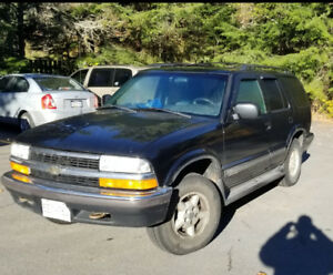 1999 CHEVY BLAZER 4X4- GREAT CONDITION
