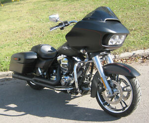 2015 Harley Black Denim FLTRXS Road Glide Special ONLY 3,400 KM!