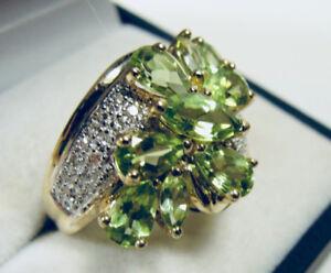 Somptueuse Bague en or 10k Diamants et Péridots