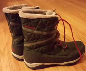 Brand New (Tags On) Columbia Women's Omni Heat Boots Size 8-1/2 London Ontario image 5