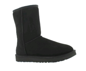 UGG Classic Suede Boot - Black/Size 5