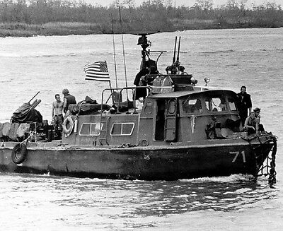 "Fast Patrol Craft during river operation 8""x 10"" Vietnam War Photo 216"