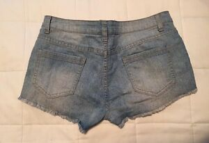Ladies shorts in great condition  St. John's Newfoundland image 2