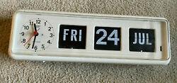 Rare TWEMCO BQ-38 Automatic Calendar Flip Clock Desk/Wall WHITE retro