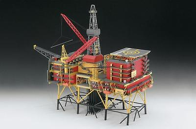 Revell -Germany 1:200 OIL RIG NORTH CORMORANT RMG8803