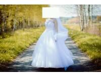 Beautiful wedding dress size M/L
