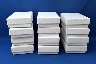 Lot Of 12 Cardboard Jewelry Gift Boxes - White With Padding 3 34 X 2 12 Size