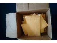Box of un-used padded envelopes (approx 70)