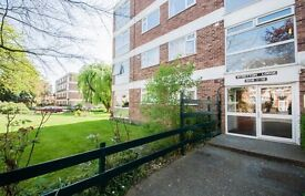 2 bedroom Apartment for rent: Stretton Lodge, Gordon Road, West Ealing