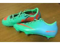 Nike Junior football boots (size 4 firm)