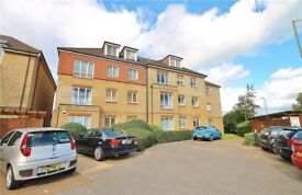 2 bedroom flat to rent in Ashford Middlesex