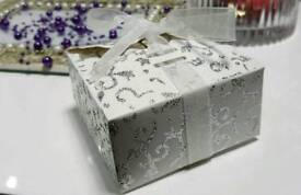 100 Cream Favour Box