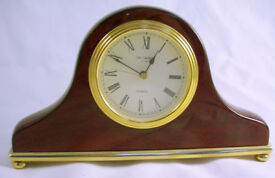Collectable Stunning Polished Mantel Clock Quartz Movement VGC (WH_2621)