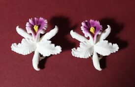 VINTAGE - BEAUTIFUL WHITE ORCHID CLIP ON EARRINGS - MADE IN WESTERN GERMANY