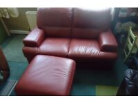 2 SEATER BROWNY/REDY LEATHER SOFA + LEG REST
