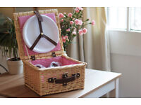NEW Hamper Picnic Basket, Unused, With Plates, Cutlery & Cups. Wicker Picnic Basket with Accessories