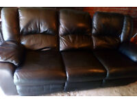 BLACK LEATHER 3 SEATER RECLINER SOFA VERY COMFY AND NICE DESIGN VIEWING WELCOME