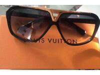 Louis Vuitton - EVIDENCE £180