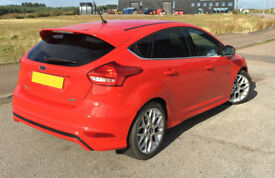 2015 Ford Focus 1.0 125 PS Petrol Zetec S 5dr 29,000 Miles Race Red (MOT to March 2019)