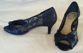 Navy Blue Satin/Lace Women's Shoes Size 5 (Perfect for Wedding/Bridesmaid/Evening/Races)