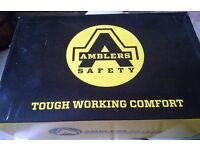 BRAND NEW Mens SAFETY Shoes AMBLERS FS45 SIZE: UK9 Euro 43