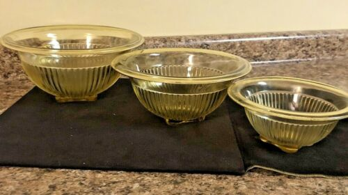 DEPRESSION ERA FEDERAL GLASS LIGHT YELLOW MIXING BOWL NESTING SET OF 3