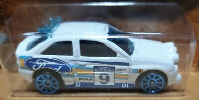 Hot Wheels 2018 HW Rally #1 1998 Ford Escort RS Cosworth WRC White race #9