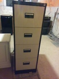 Metal Filing Cabinet in good condition
