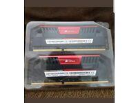 Corsair CMY16GX3M2A2400C11R Vengeance Pro Series 16GB (2x8GB) DDR3 2400Mhz