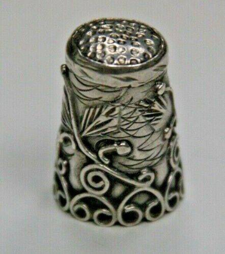 Mexican Vintage Sterling Silver Botanical Thimble, Size 7.25, 6 grams