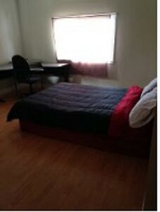 ROOM FOR RENT AVAILABLE SEPT 10TH