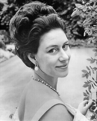 Princess MARGARET Glossy 8x10 Photo Countess of Snowdon Print Royal Family